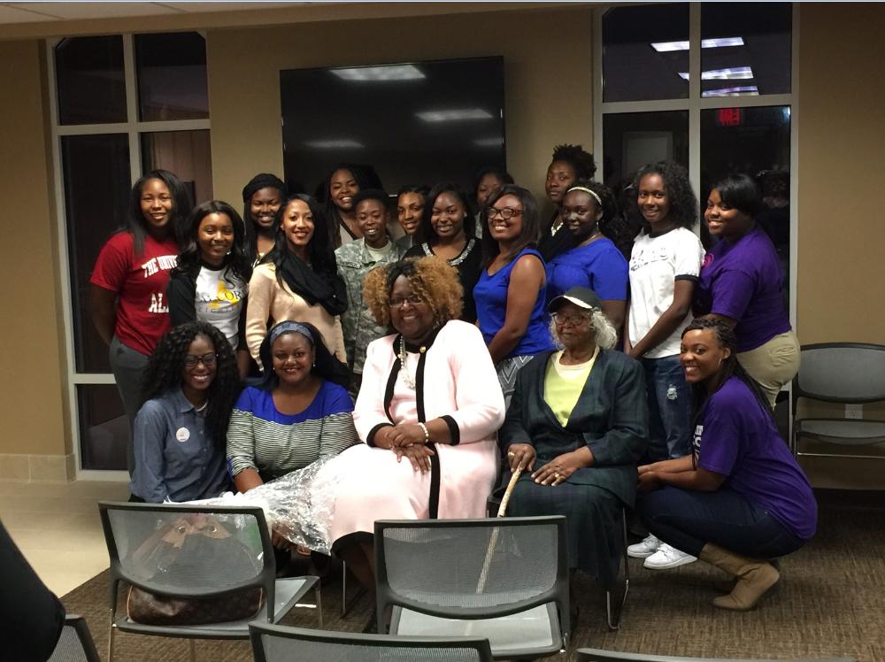 Zeta Chapter hosts Breast Cancer Awareness Week