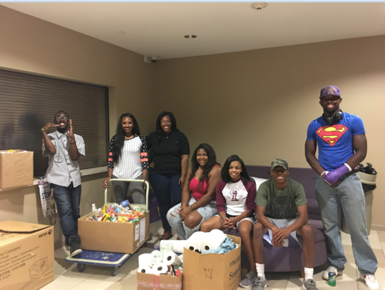 Senior Class Cabinet hosts Clothing and Food Drive